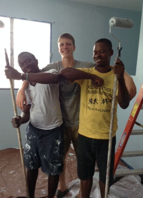 Figuens, Grant and Elore have been working hard on the upstairs bedrooms!