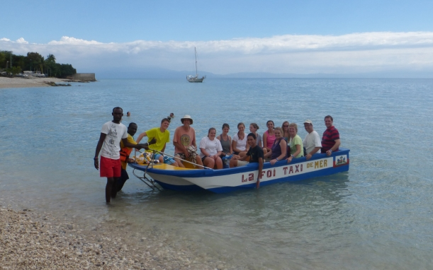 Leaving shore on our snorkeling expedition!