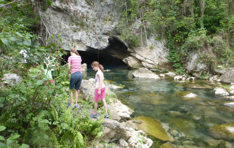 Arriving at Tet Lakil, a natural spring that emerges from a cave!